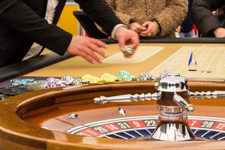What Does Gambling Look Like In The 21st Century?