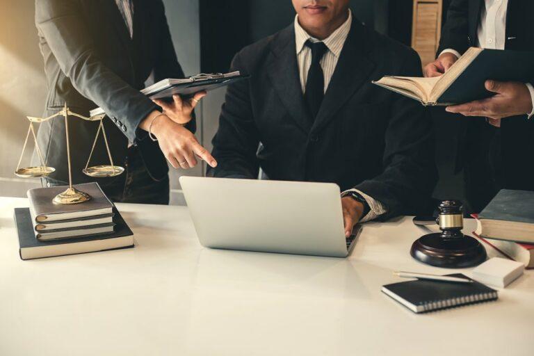 Reasons Why Hiring a Lawyer Makes Sense